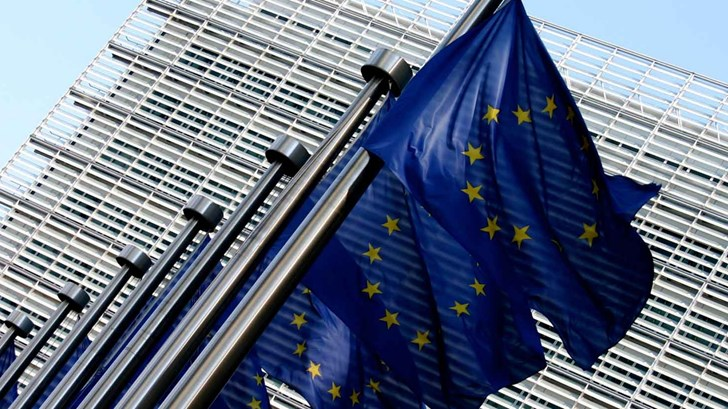 EU Demands 30% CO2 Cut By 2030, Industry Not Happy