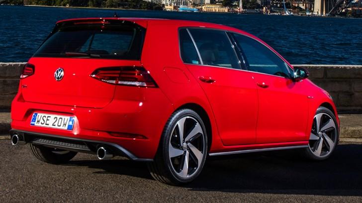 2017 Volkswagen Golf GTi (5-Door)