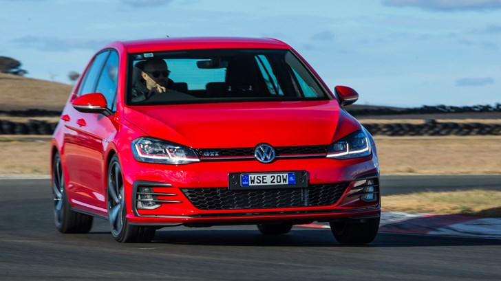 2017 Volkswagen Golf GTi (5-Door)