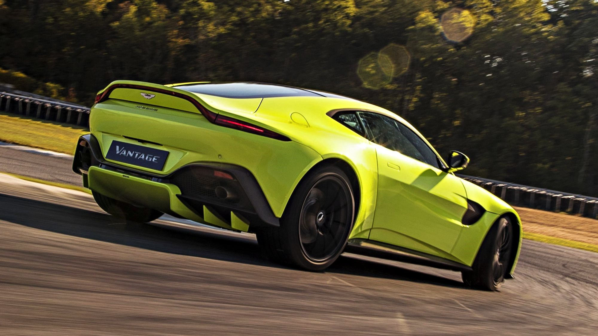 Aston Martin Unveils Their All-New Vantage For 2018 Thumbnail