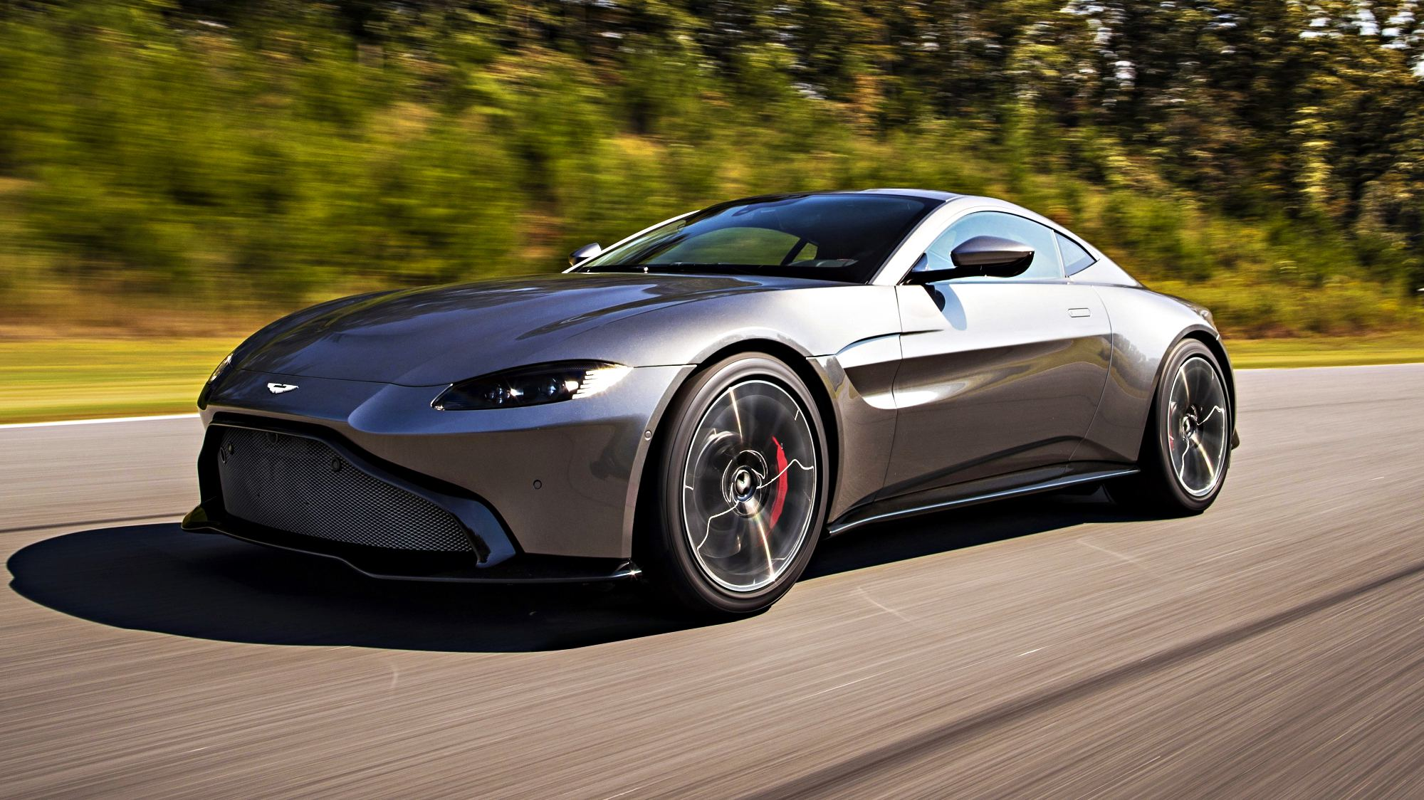 News Aston Martin Unveils Their All New Vantage For 2018
