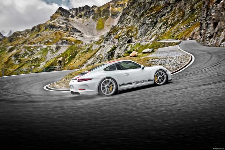 Porsche's 911 GT3 Touring Exists Due To 911 R 'Flip' Fiasco