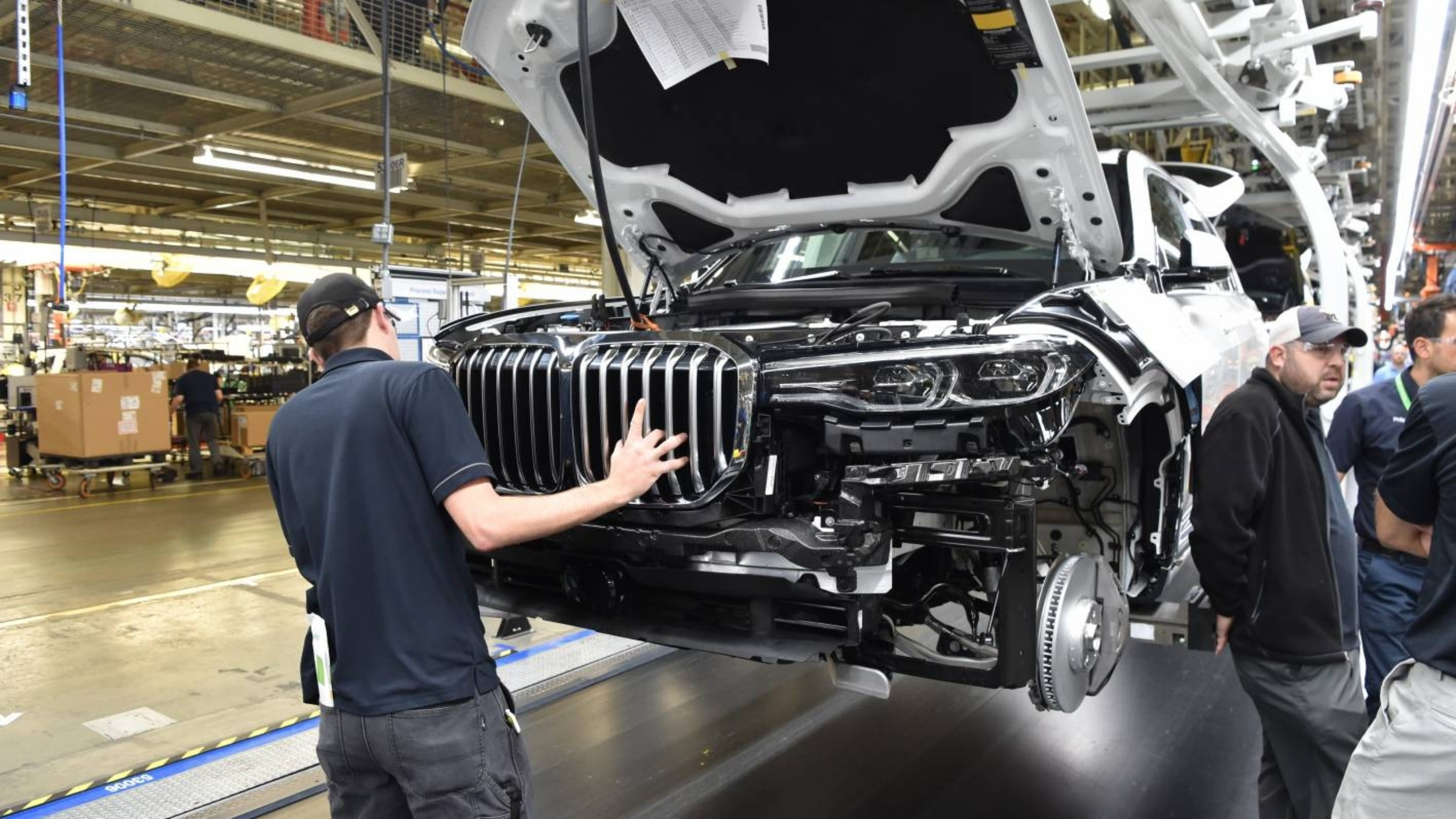 BMW X7 2018 >> News - 2019 BMW X7 Rolls Off Assembly Line… Kinda