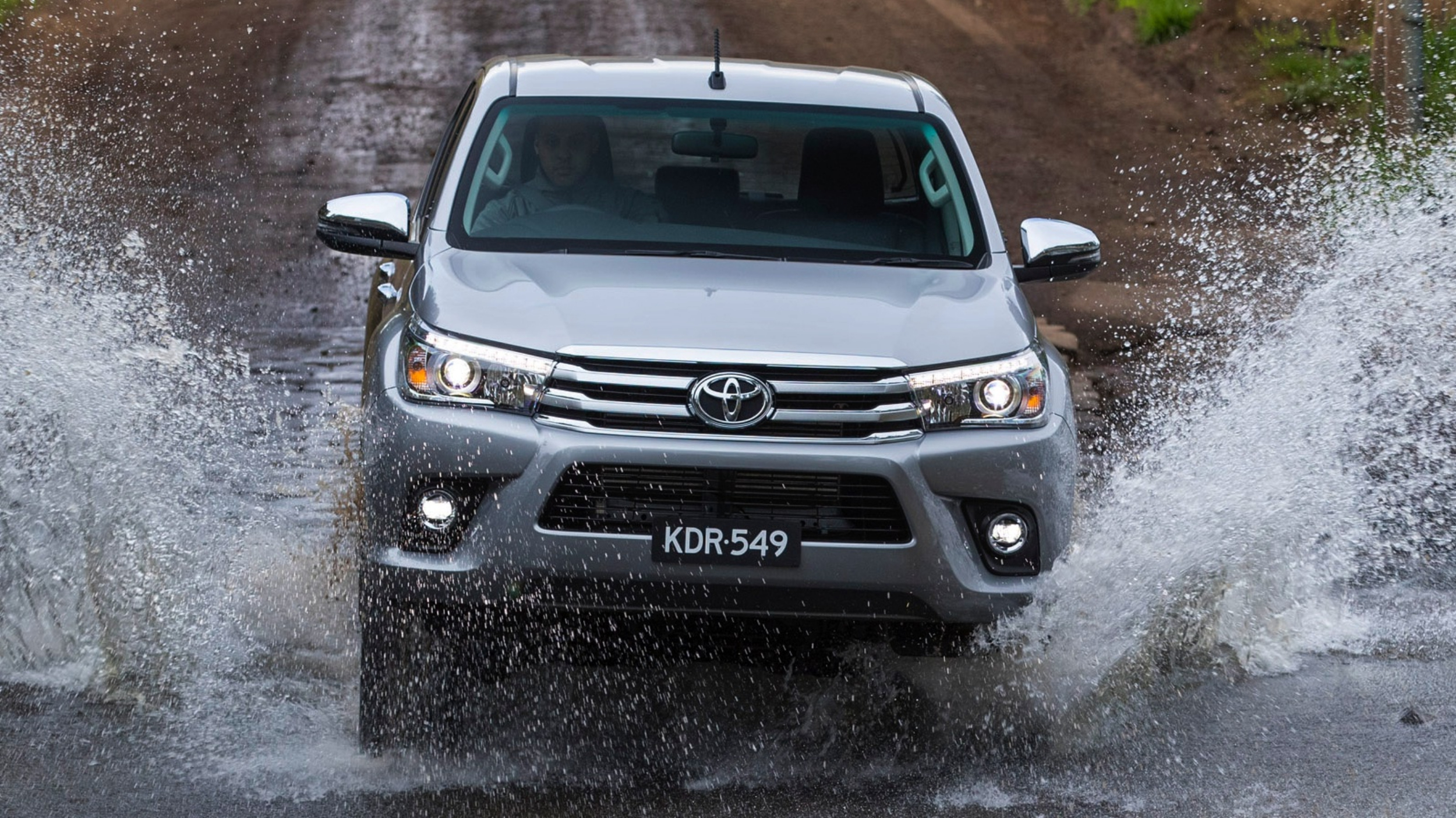 news toyota planning for a posh hilux and no trd model. Black Bedroom Furniture Sets. Home Design Ideas