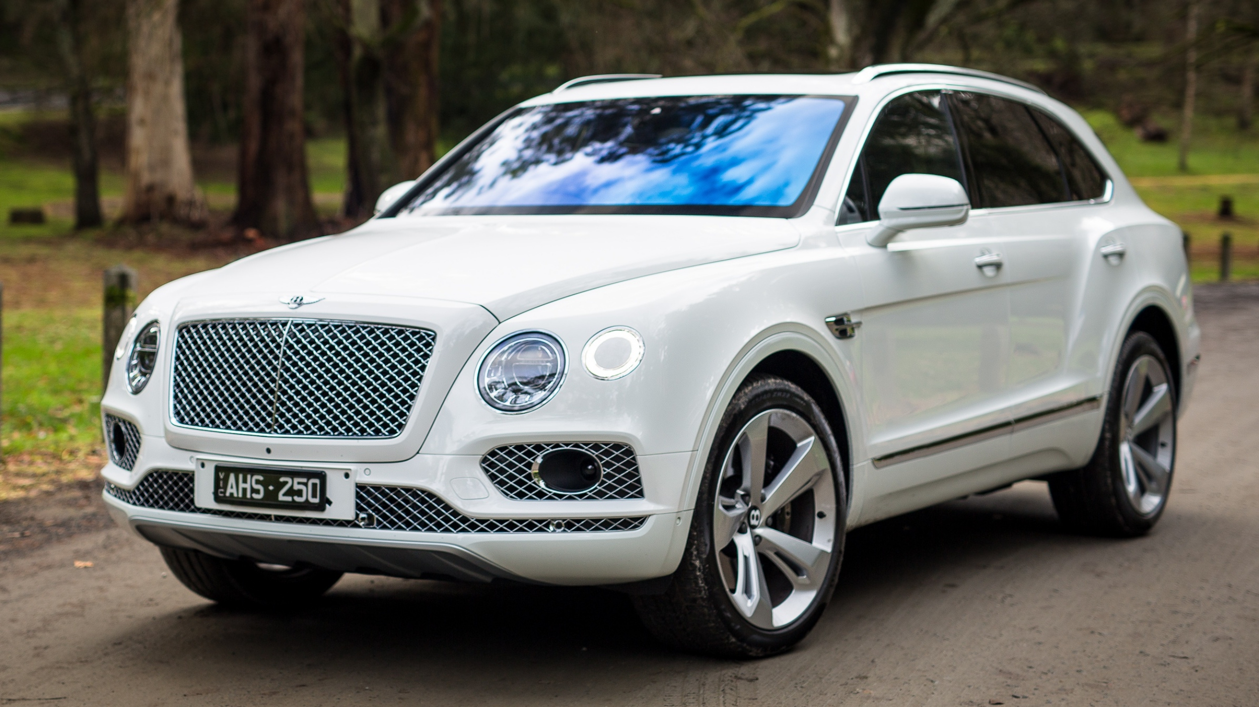 Bentley Bentayga To Gain V8 Model Soon