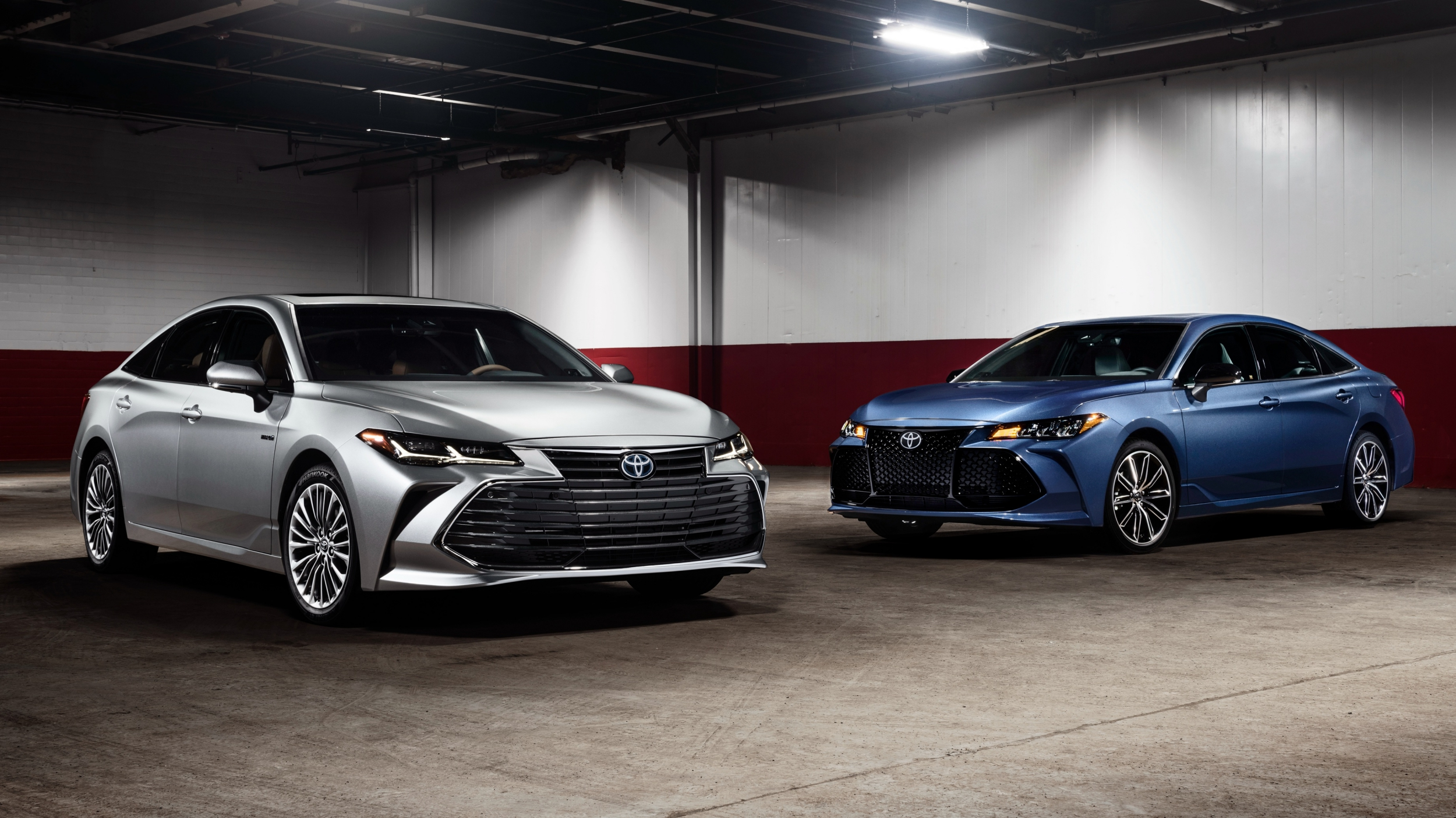 news toyota s 2019 avalon treads on lexus territory. Black Bedroom Furniture Sets. Home Design Ideas