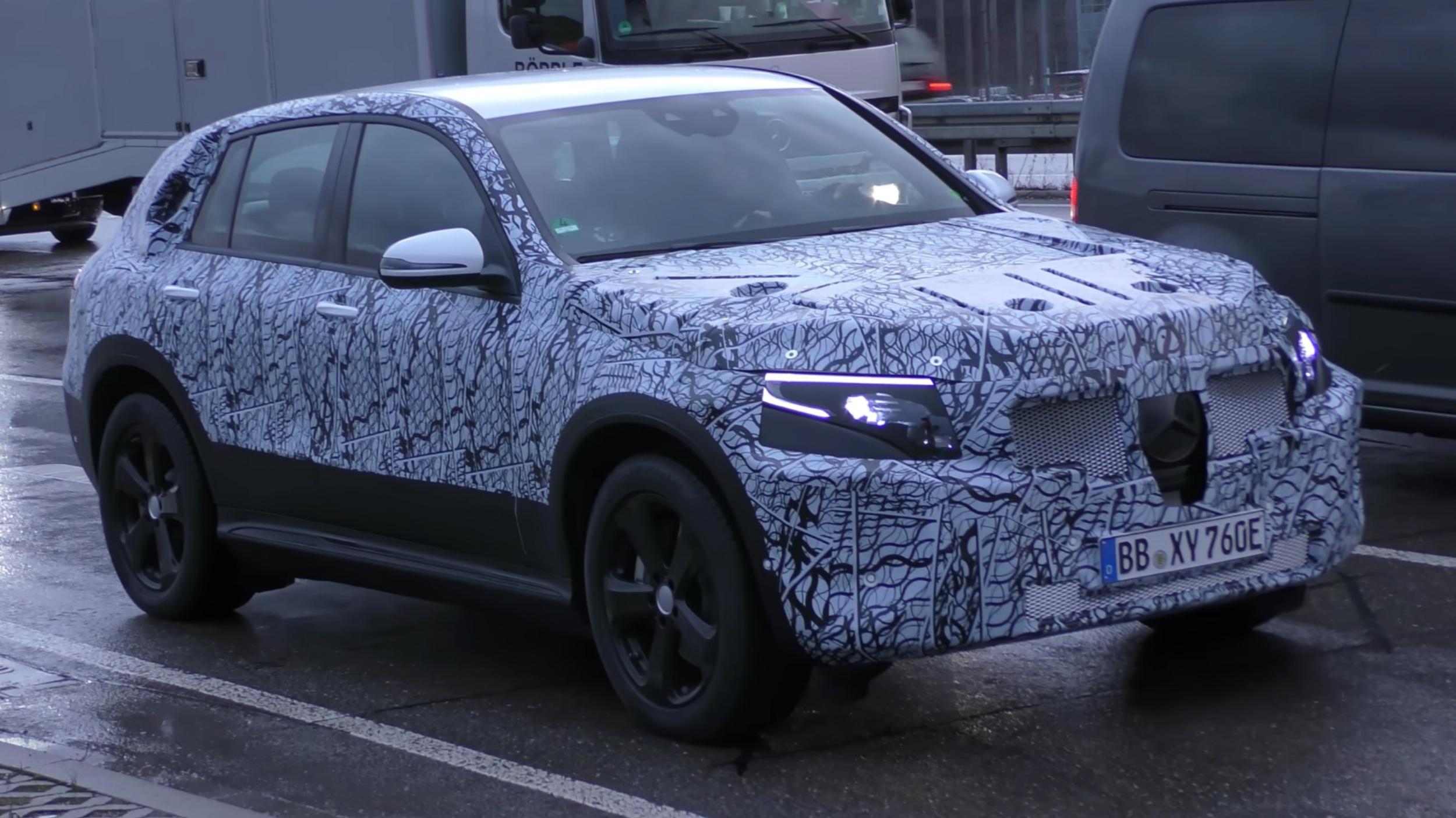 Hyundai Spy Shots >> News - 2020 Mercedes-Benz EQ C Spied Testing