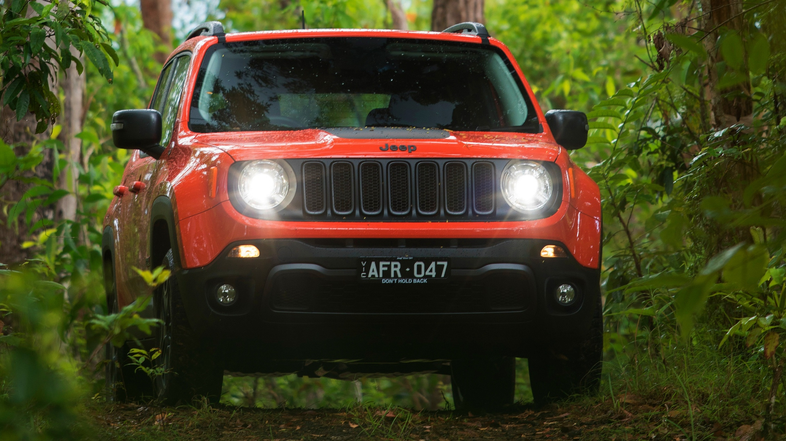 news jeep renegade to gain tech hybrid variant. Black Bedroom Furniture Sets. Home Design Ideas