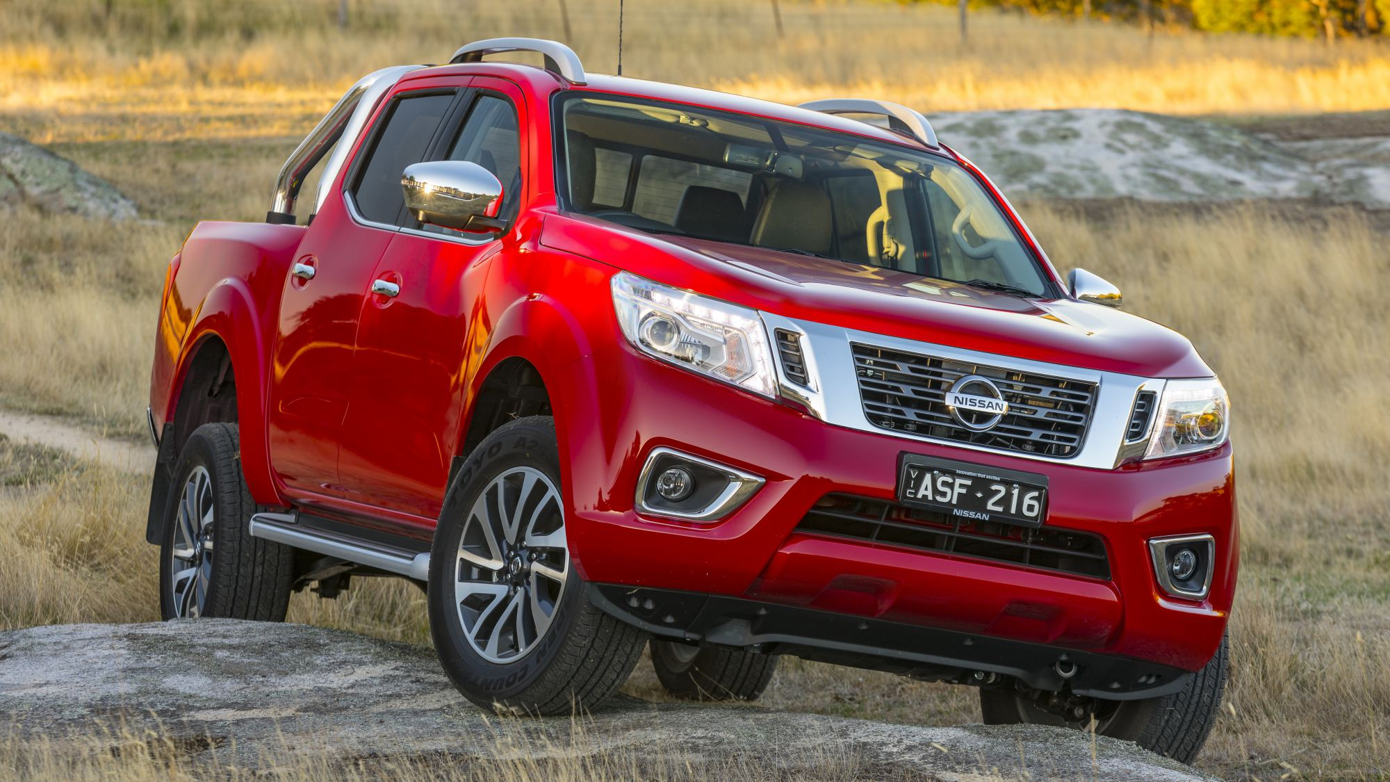 news nissan navara gets safety kit bolstered for 2018. Black Bedroom Furniture Sets. Home Design Ideas