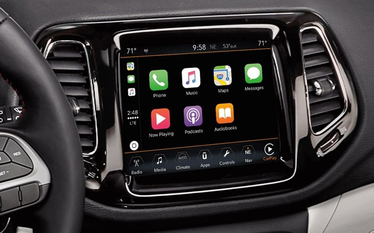 Chrysler, Jeep, Dodge Bit By Boot Loop Infotainment Bug