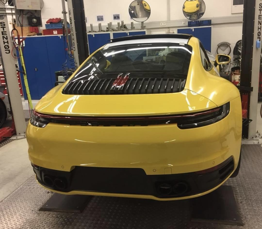 All-New Porsche 911 (992) Undisguised, Rear End Exposed