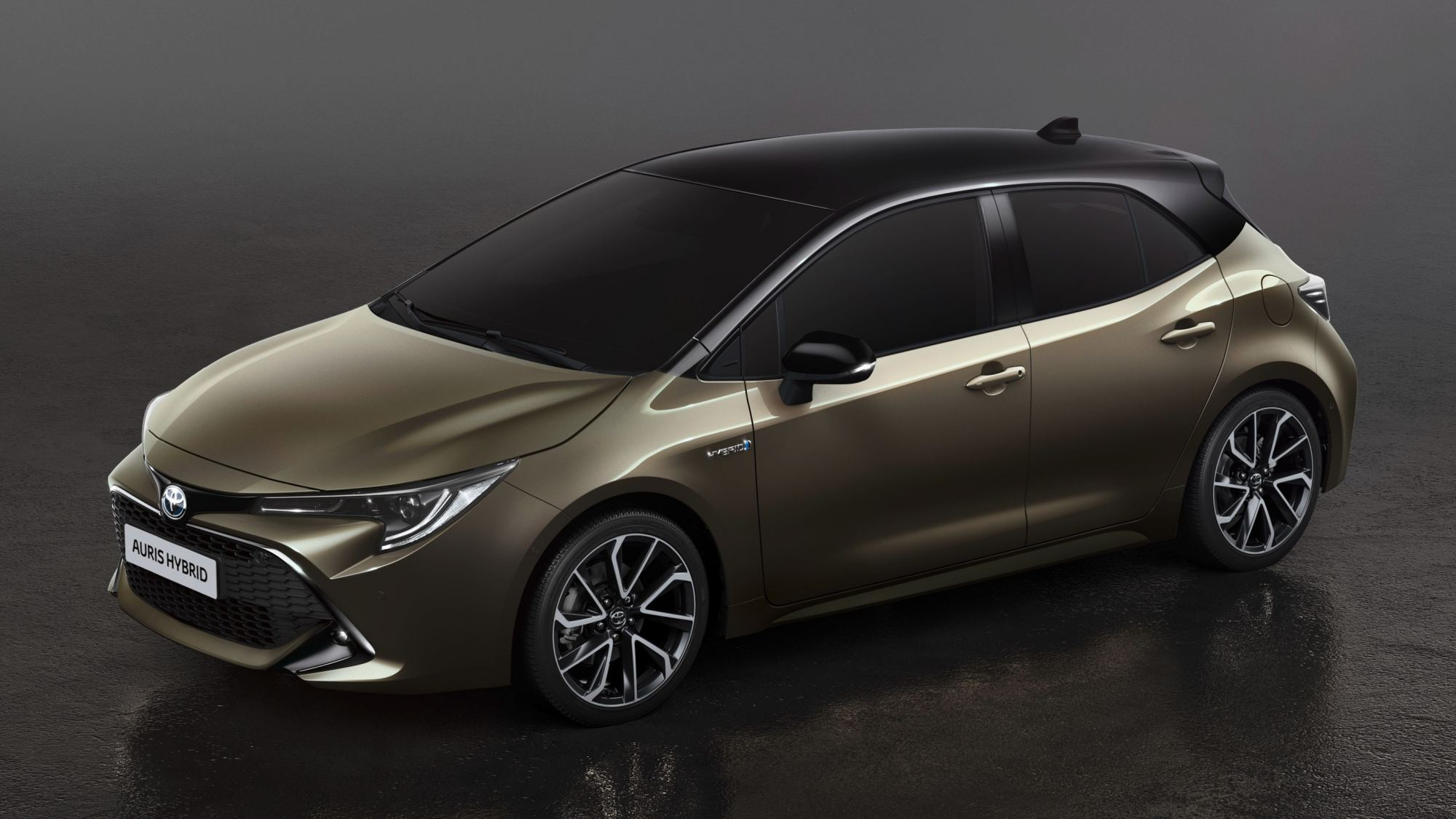 news all new toyota auris revealed a corolla provocateur. Black Bedroom Furniture Sets. Home Design Ideas