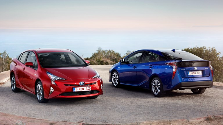 Toyota's Prius FFV Concept Can On E100 Ethanol Or Petrol