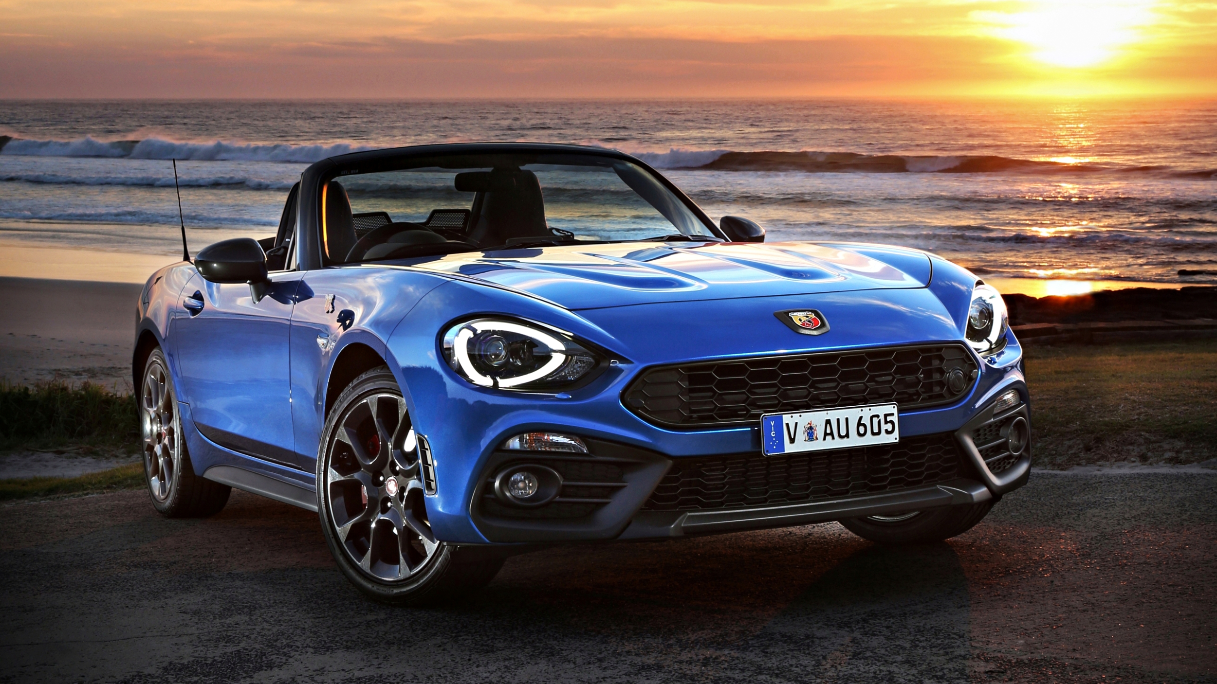 review 2018 fiat abarth 124 spider review. Black Bedroom Furniture Sets. Home Design Ideas