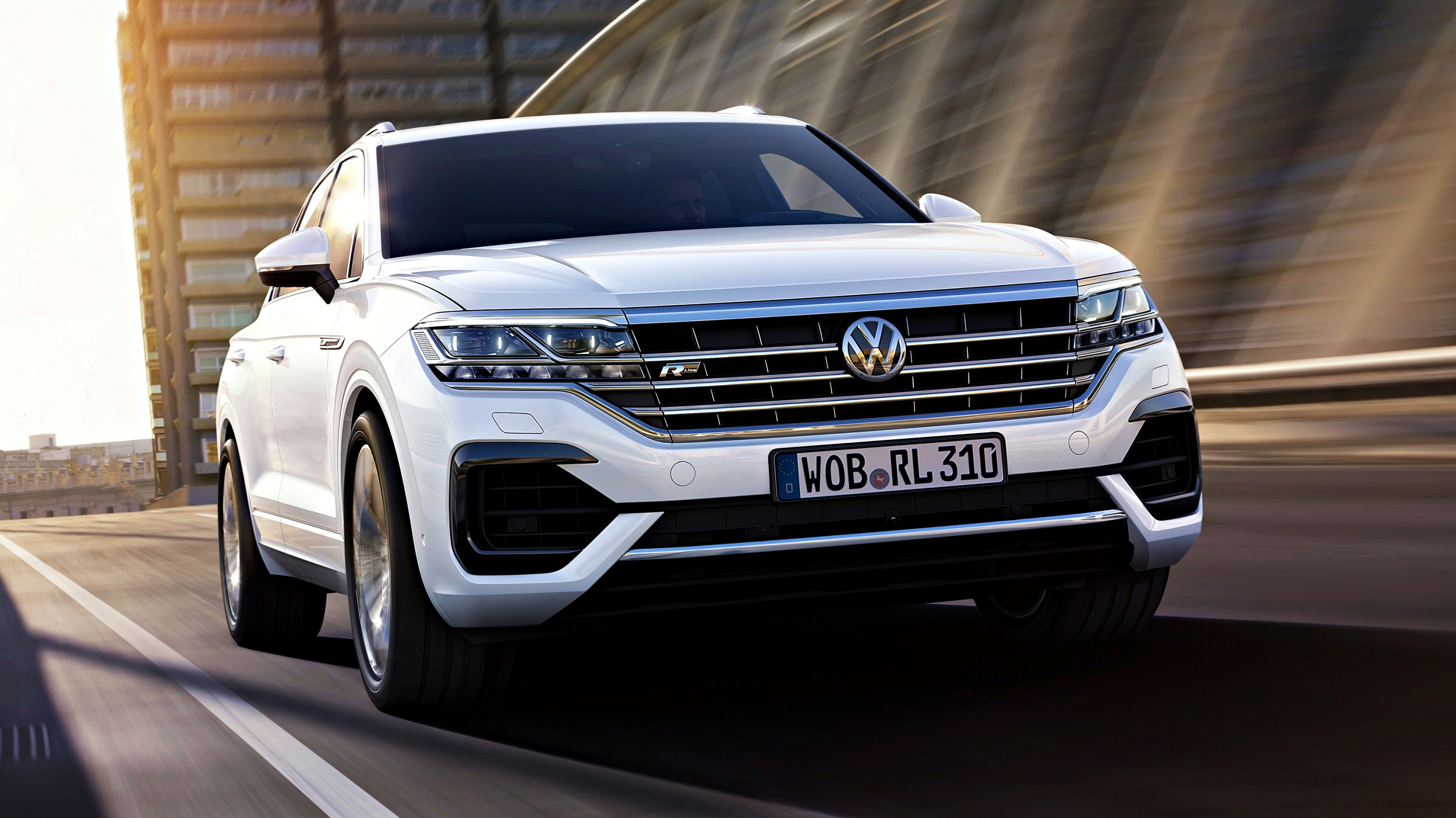 news volkswagen debuts new touareg here q2 2019. Black Bedroom Furniture Sets. Home Design Ideas