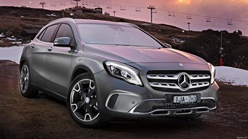 Mercedes-Benz GLA May Spawn Coupe – Gallery