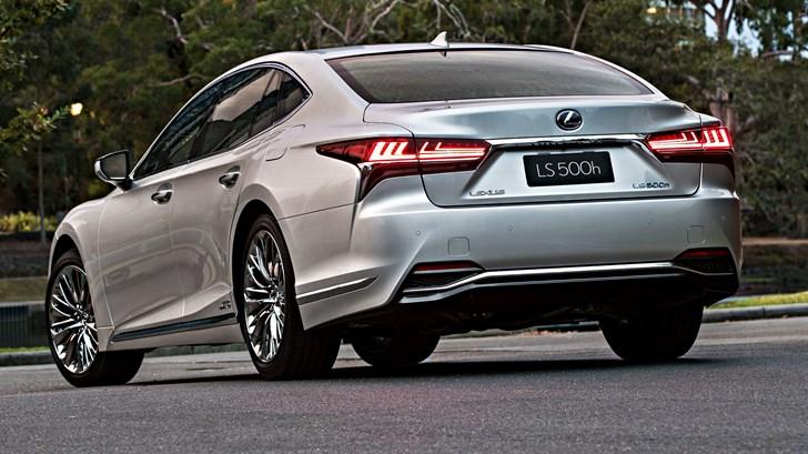 2018 Lexus LS500h Sports Luxury