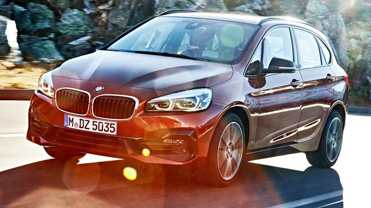 2018 BMW 220i Active Touer – Luxury Line