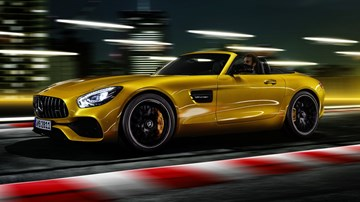 Mercedes-AMG GT S Roadster Arrives As 385kW Mid-Packer