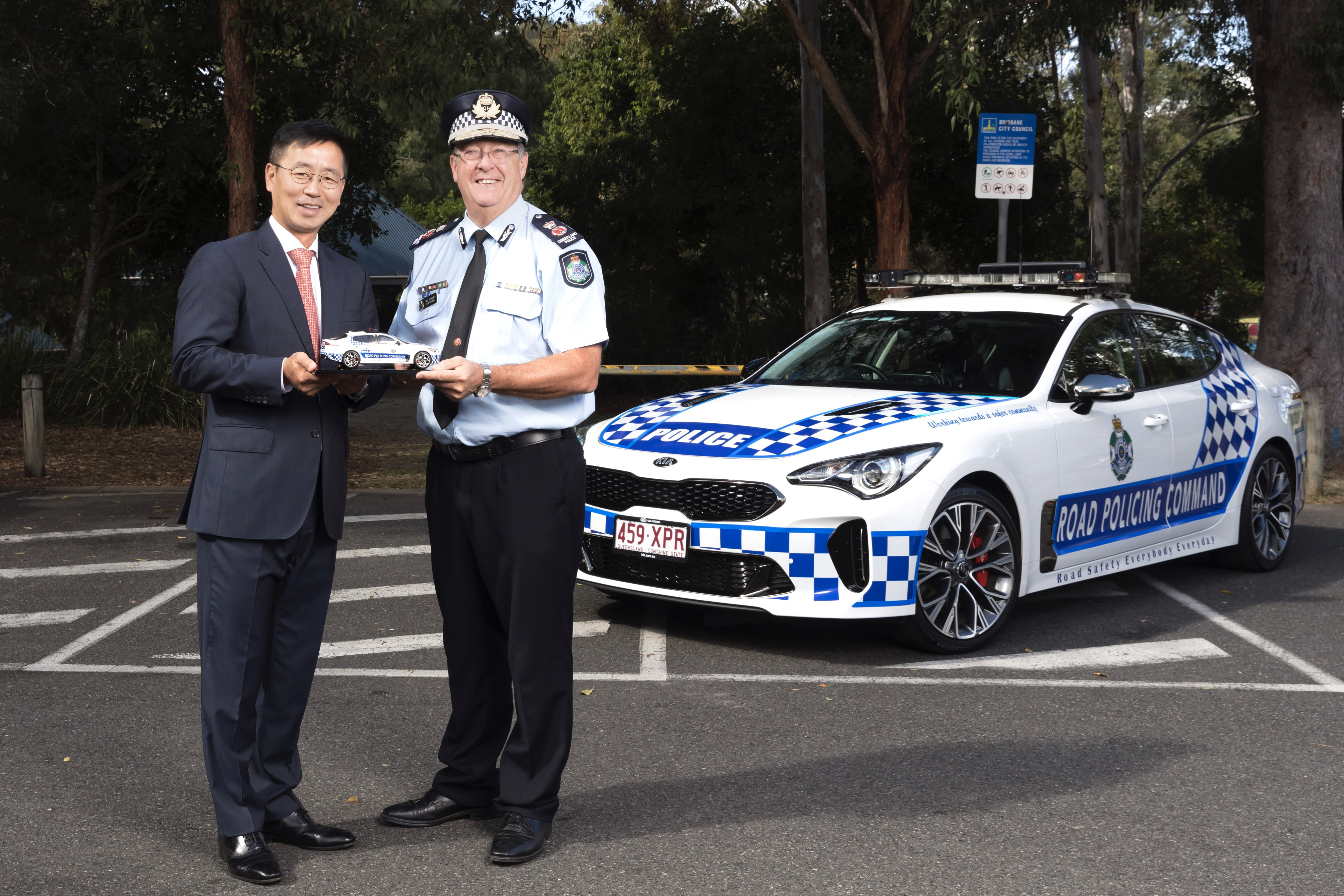 News Kia Stinger Reports For Duty With Queensland Police