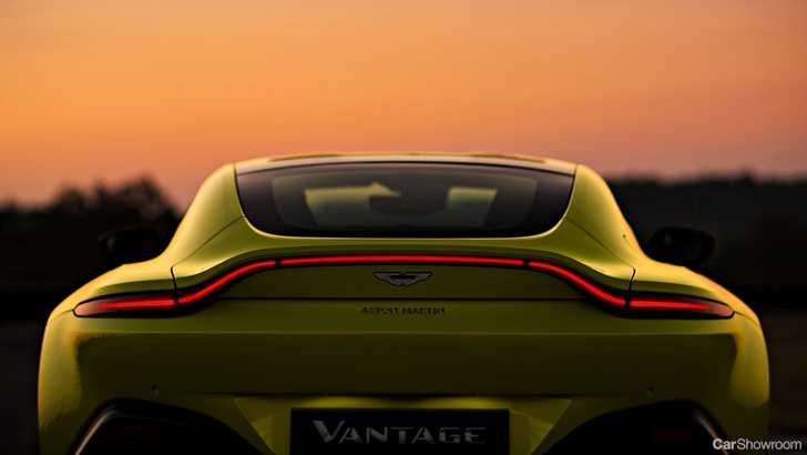 News 2019 Aston Martin Vantage V8 To Offer Manual Thrills Report