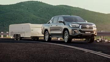 Toyota Updates 2018 SR, SR5 Hilux And Put It On The Website – Gallery