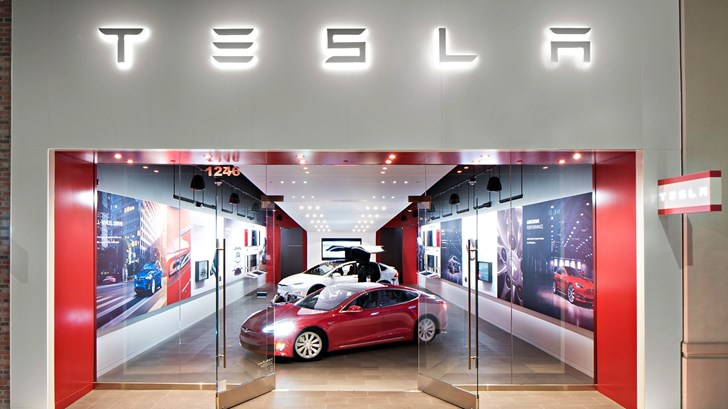 """Elon Musk Does Not Have """"Funding Secured"""" For Tesla –Gallery"""