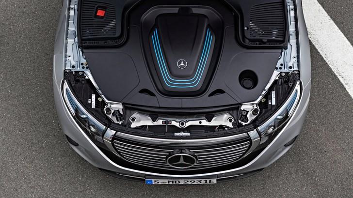 2019 Mercedes-Benz EQC Arrives – Gallery
