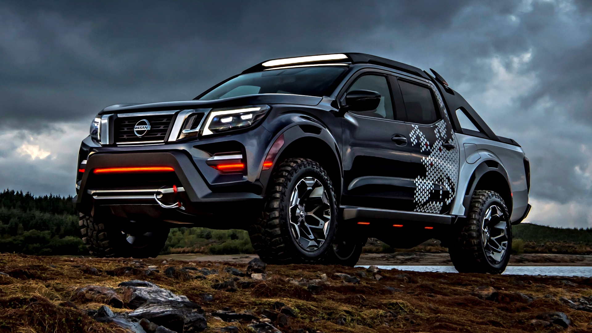 News - Nissan Unveils The Navara Dark Sky Concept