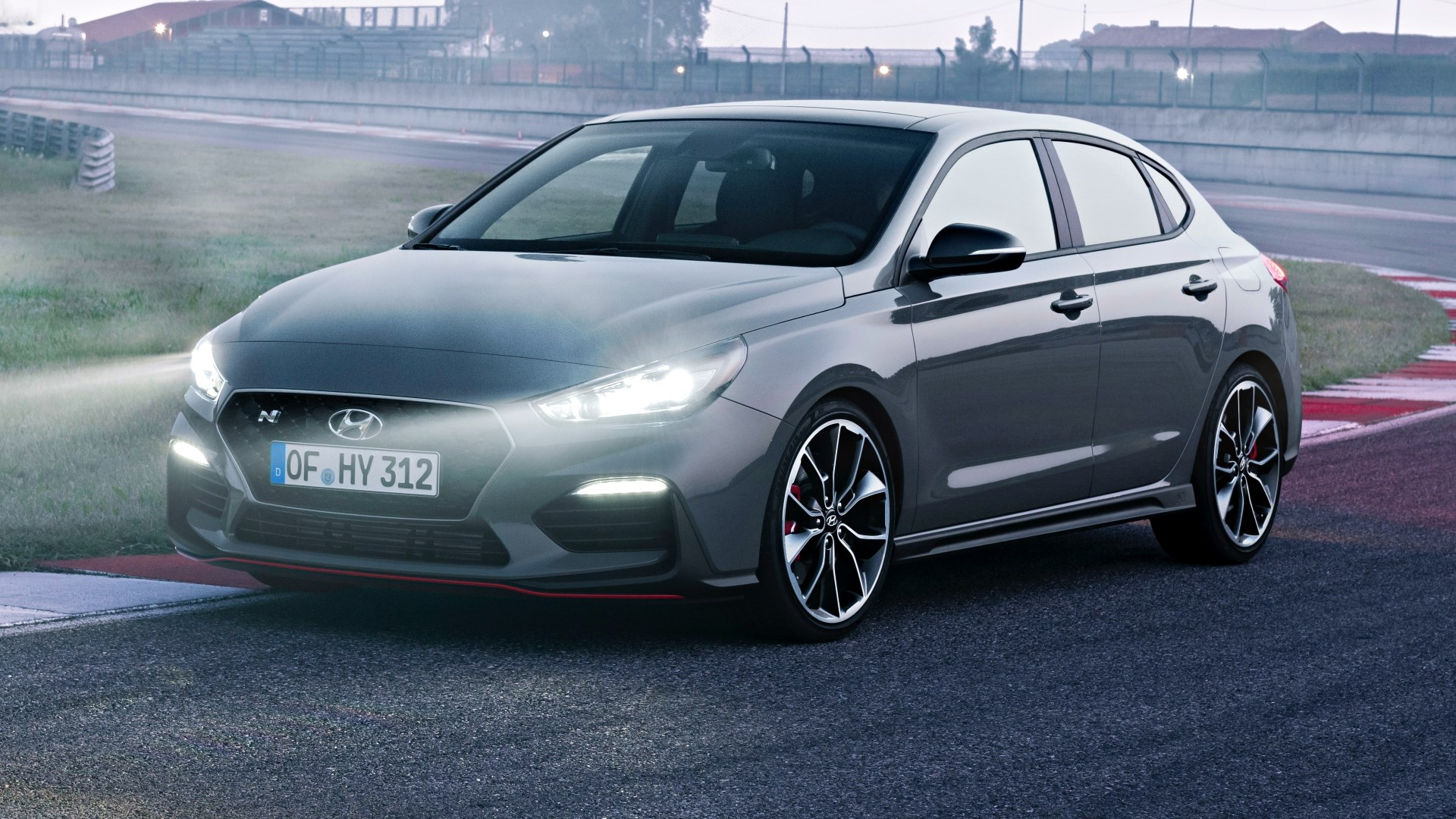Hyundai i30 Fastback N Debuts Early, Here Q1 '19 Thumbnail