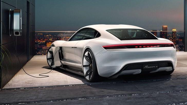 Porsche Future Lab - Porsche Mission E