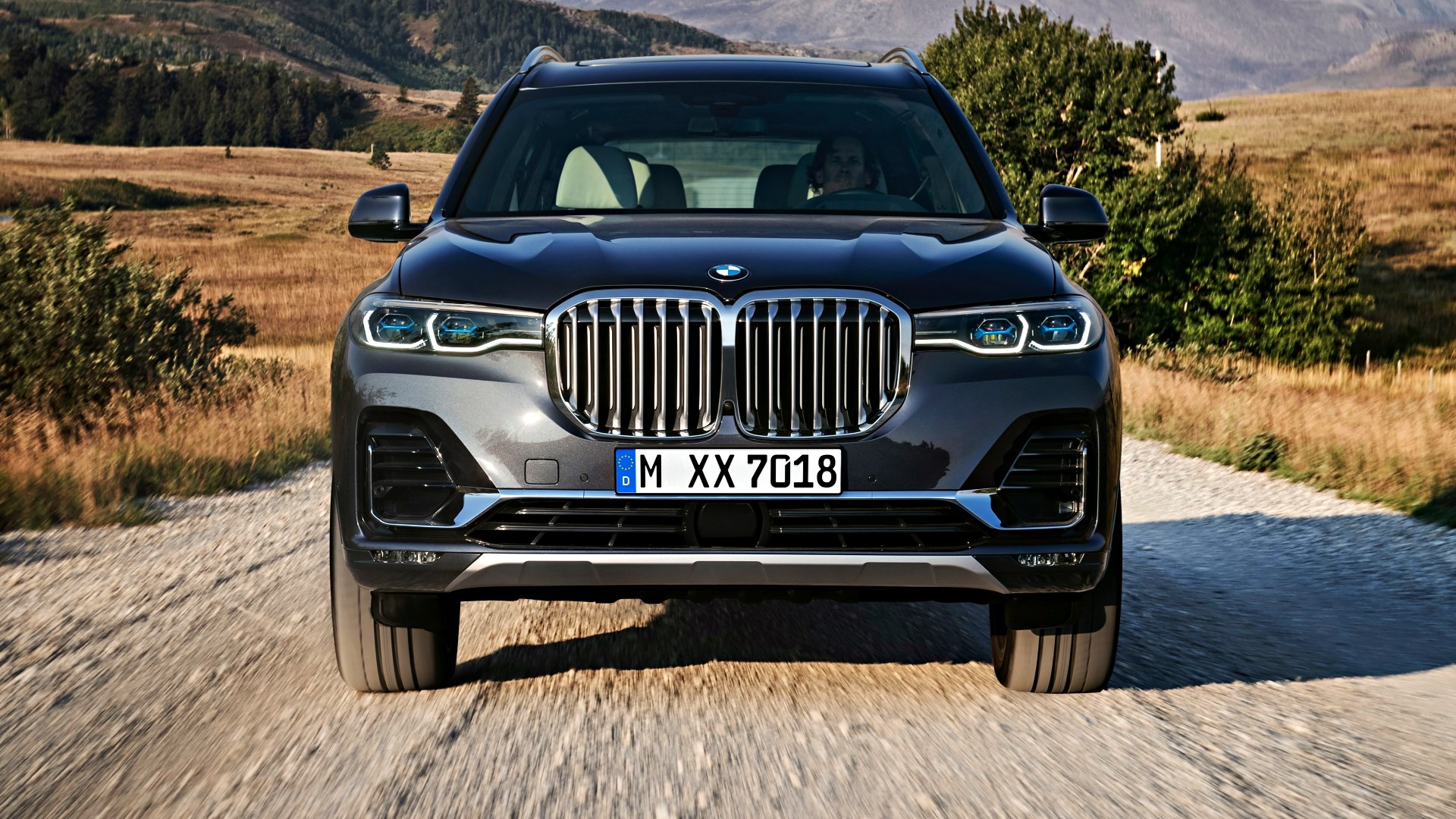 BMW's New X7 Makes Its Global Debut – Redefining Enormity Thumbnail