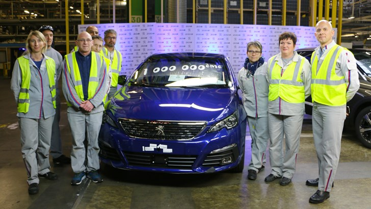 Peugeot Rolls Out 1 Millionth 308, Half-Millionth 3008 Simultaneously