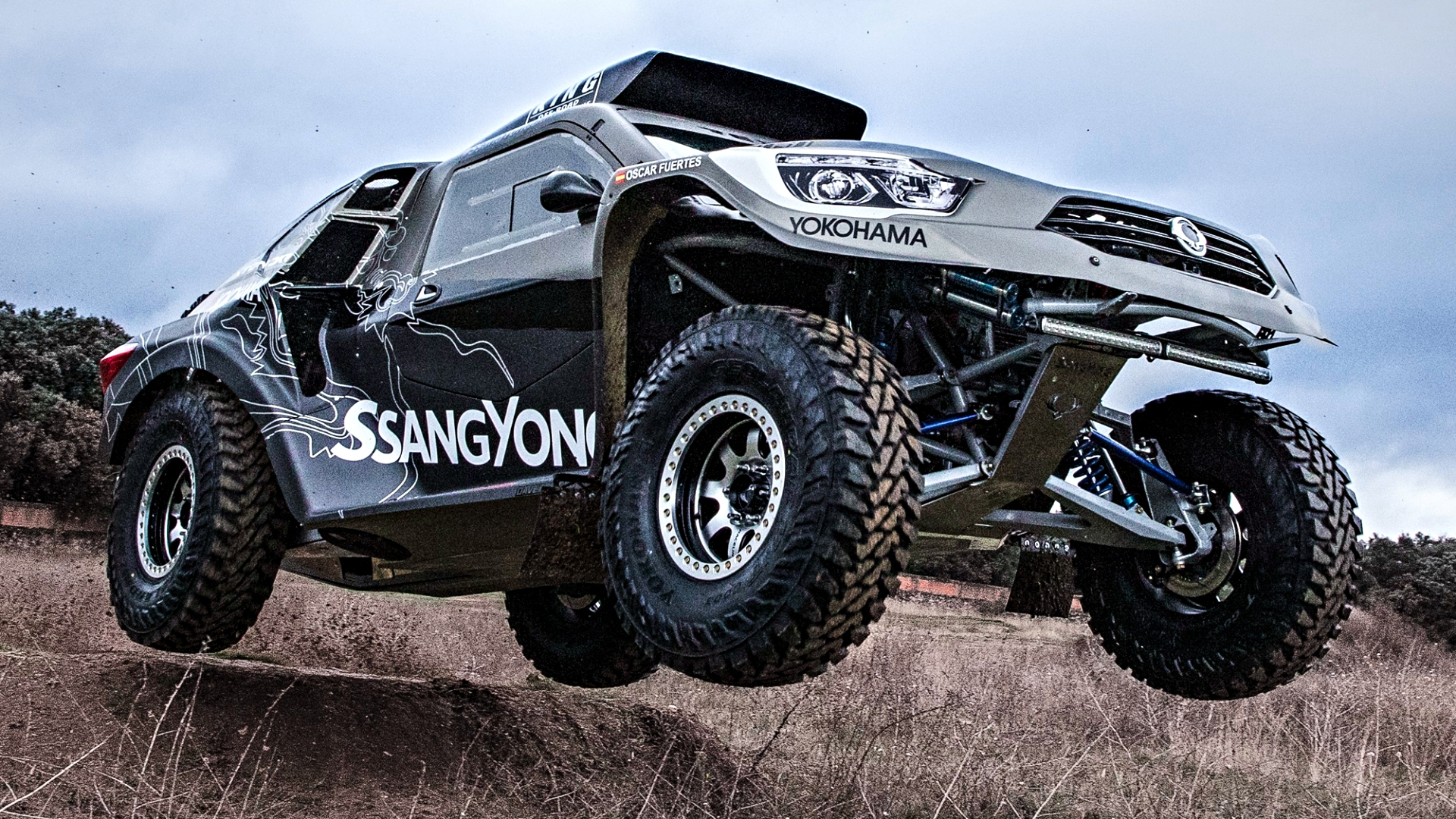 news ssangyong to take on 2019 dakar with rexton dkr. Black Bedroom Furniture Sets. Home Design Ideas
