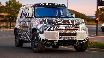 """All-New Land Rover Defender """"Days Away"""" – Gallery"""