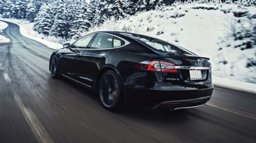 Tesla Model S Autopilot Drove For 11km While Drunk Driver Slept – Gallery
