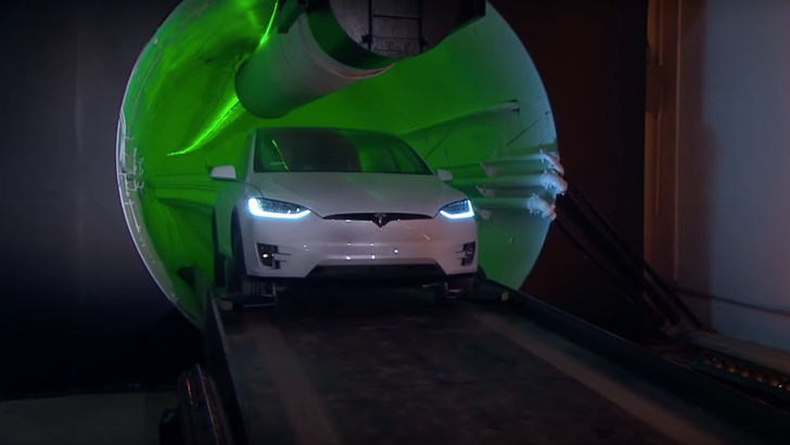 The Boring Company Turns Teslas Into 240km/h Trains – Gallery