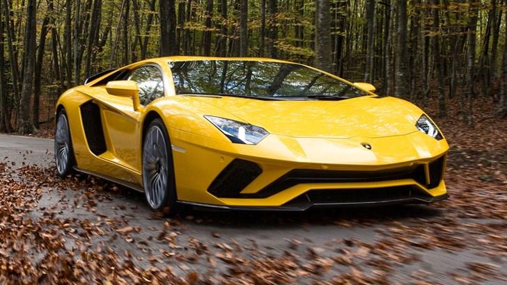 New Lamborghini Aventador To Get Hybrid V12 –Gallery