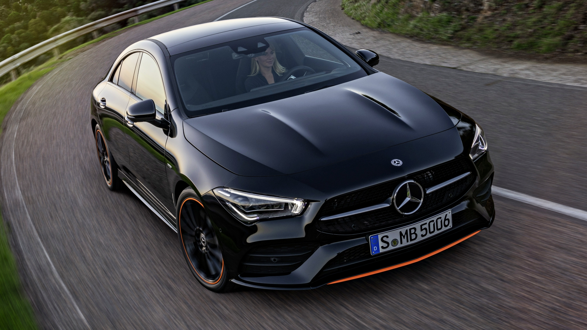 news 2019 mercedes benz cla revealed your cls lite. Black Bedroom Furniture Sets. Home Design Ideas
