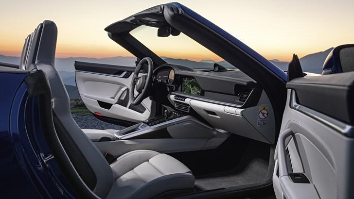 Porsche Unveils All-New 911 Cabriolet - 992