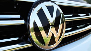 Volkswagen Says CO2 Regulations To Cause Price Jump – Gallery