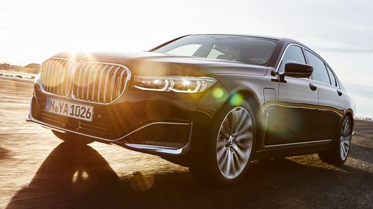 2019 BMW 745e