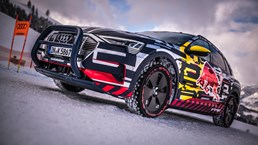 Audi e-tron Climbs An 85 Percent Gradient And Doesn't Fall Off – Video 2