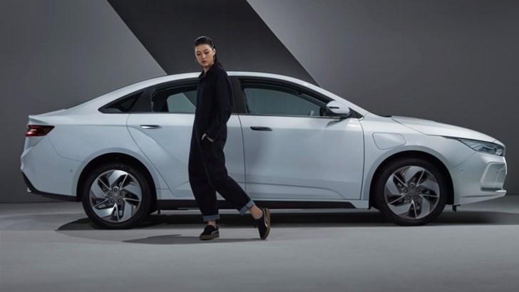 Geely GE11 EV Saloon Set To Be Its Headlining Export –Gallery