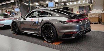 2020 Porsche 911 Turbo Outed On Factory Floor