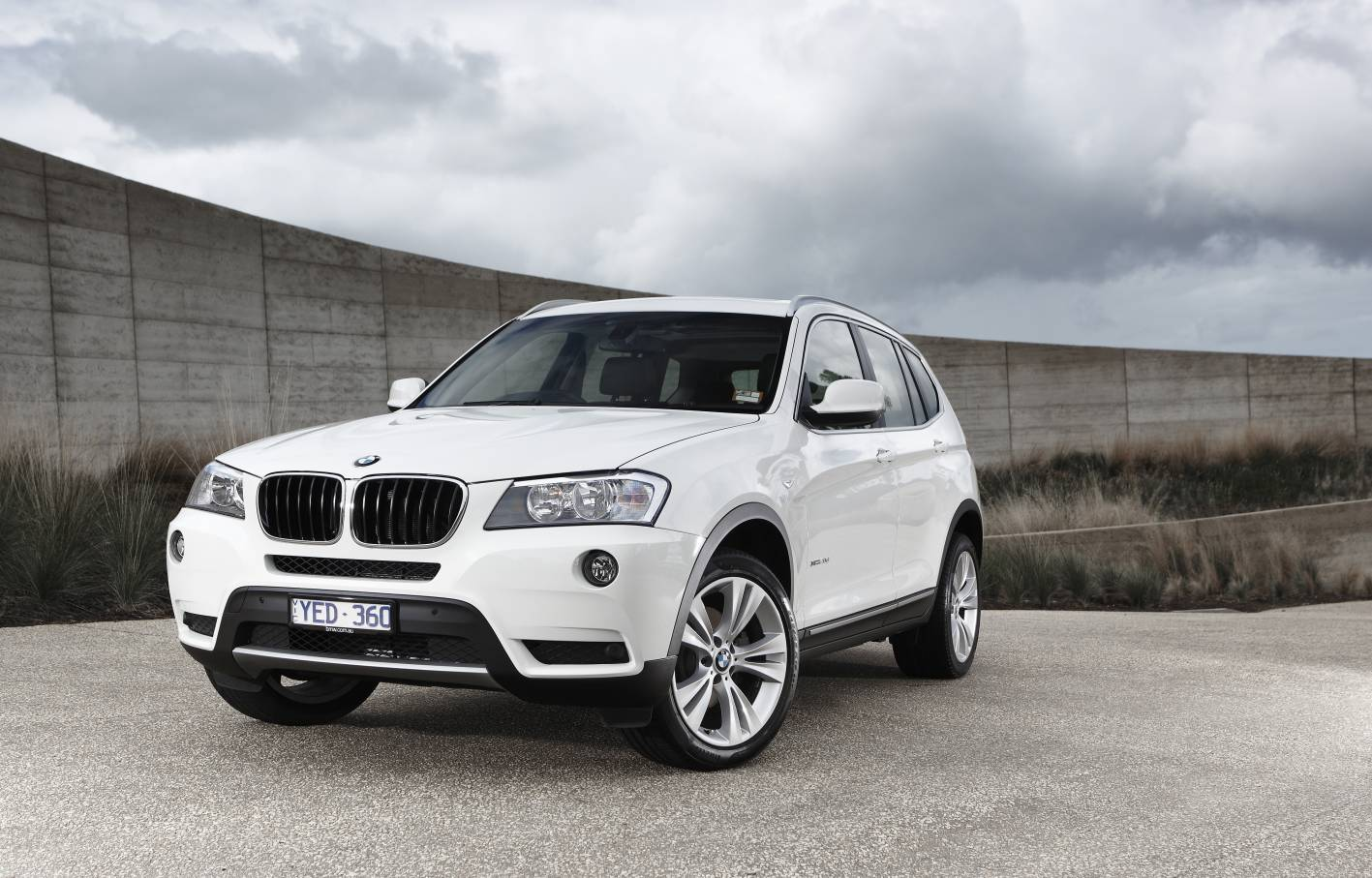 news new 20i model takes bmw x3 under 60 000. Black Bedroom Furniture Sets. Home Design Ideas