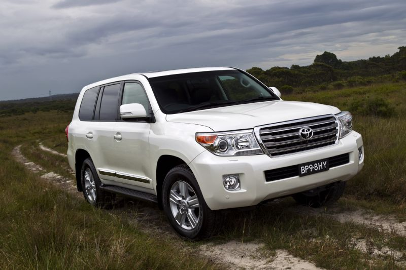 news 2012 toyota landcruiser new v8 engine. Black Bedroom Furniture Sets. Home Design Ideas