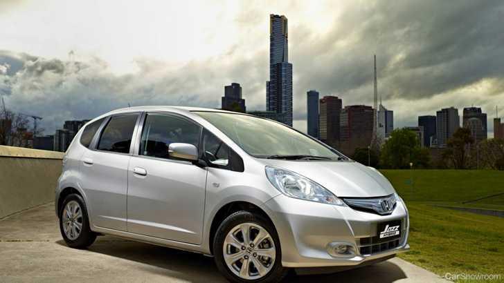 News Honda Shows Jazz Hybrid
