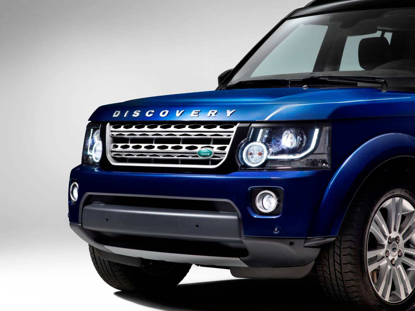 Land Rover Models >> News - 2014 Land Rover Discovery Major Updates