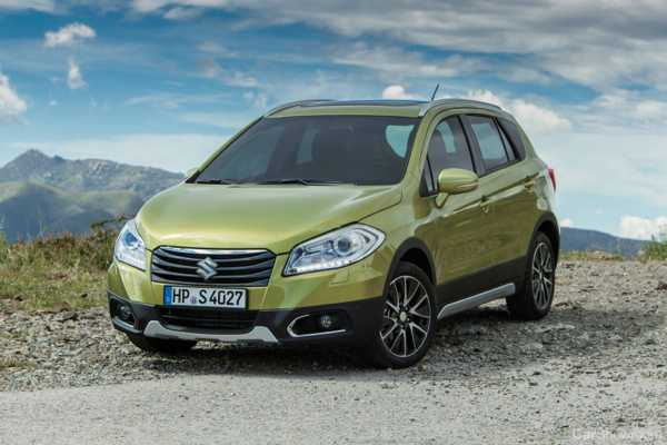 news suzuki s cross first drive and review. Black Bedroom Furniture Sets. Home Design Ideas